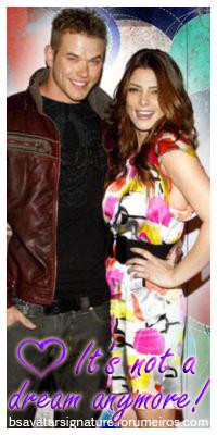 Ashley Greene & Kellan Lutz Ava323