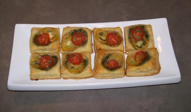 Bouchées sur pâte feuilletés Tomate10