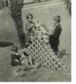 Nous sommes avisés d'avoir plus de liquidités sous la main... Hyperi10