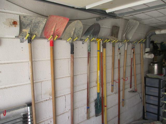 Porte-outils de jardin réglable, par jb53  Img_2841