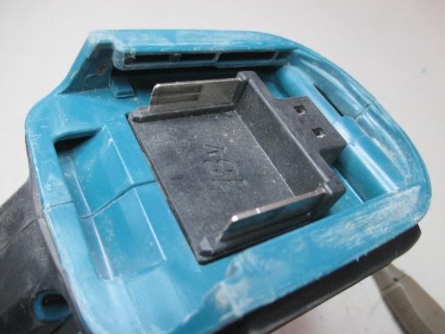 Compatibilité machines Makita 18V avec les nouvelles batteries 4 et 5 Ah Img_2910