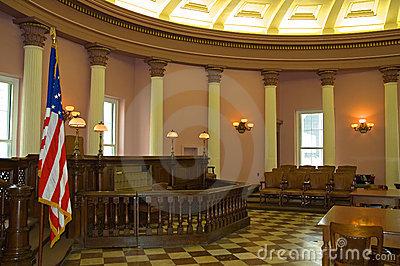 Tribunal de Vila Nova Sala-d10