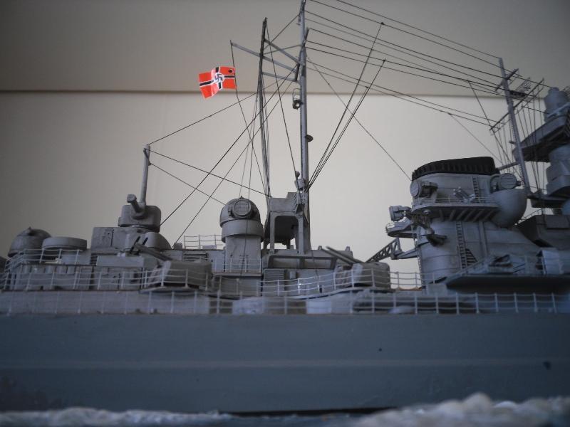 Tirpitz 1/350 Academy - Page 3 Tirpit12