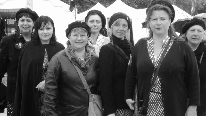 Un groupe de Femmes dans la LUTTE Armée > message aux Femmes du forum et des autres femmes à lire Dsc01413