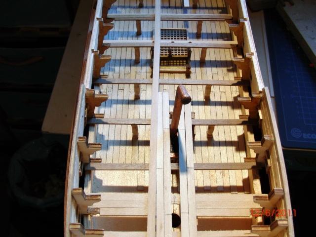 Huberts Baubericht Victory aus Holz Deck0310