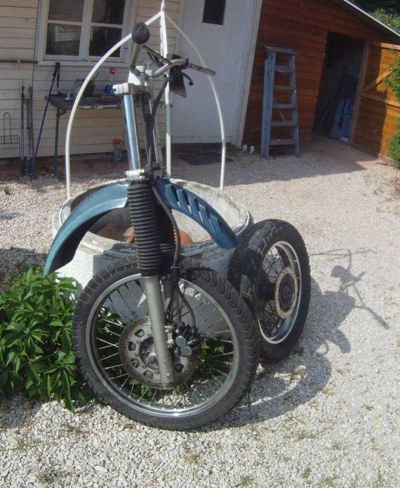 Partie cycle avant complète + roue arrière + disque Gopr0212