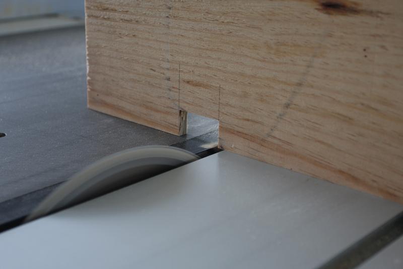 Meuble de rangement pour atelier. 11_jui15