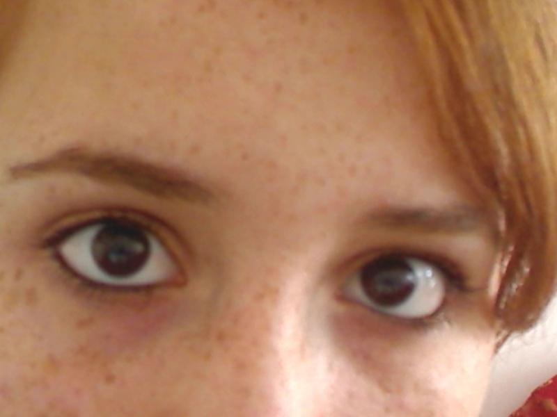 yeux marron foncés ^^' Pictur11