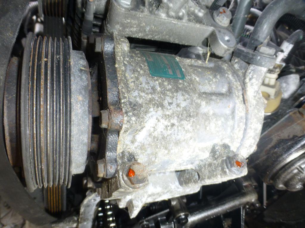 Quelle  maintenance peut-on apporter à un compresseur de clim démonté ? 125