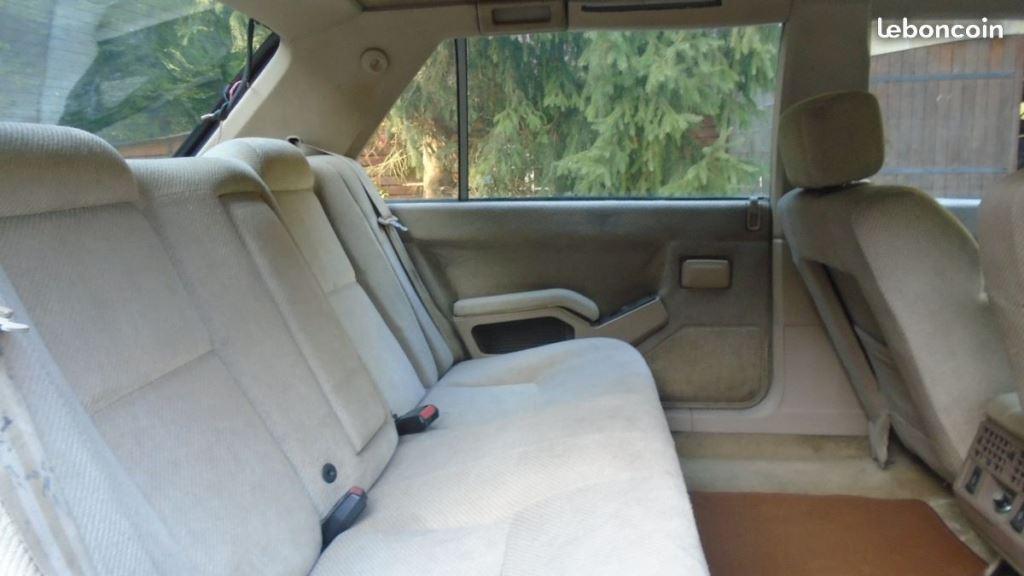 R25 Limousine  210