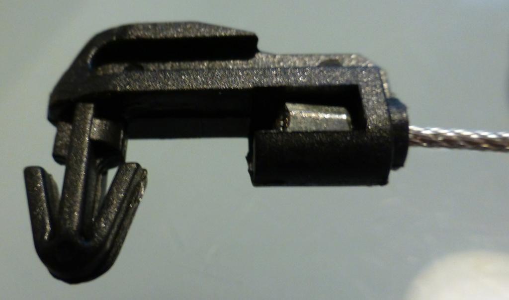 Changement d'un câble d'accélérateur Safrane 2.2dt 6_p12110