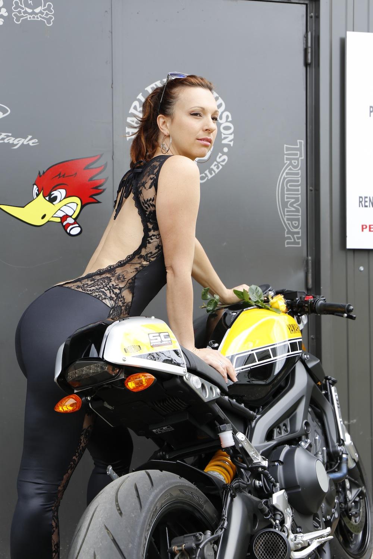 Photos de toutes les Yamaha XSR 900 du forum ! :) - Page 2 Moto110