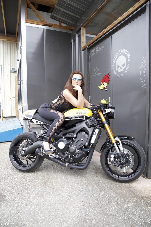 Photos de toutes les Yamaha XSR 900 du forum ! :) - Page 2 Moto210