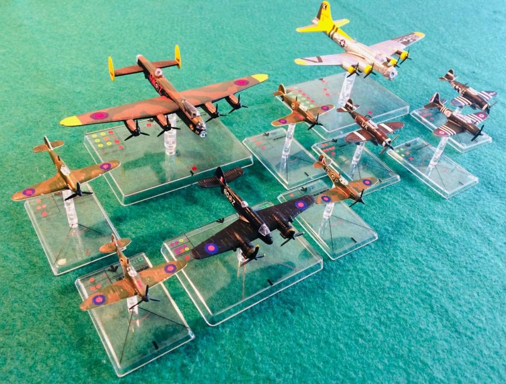 Vos collections de figurines d'avion en photo Img_2613