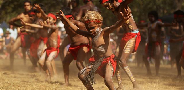 Le symbolisme dans l'art aborigène australien et son interprétation Abo-0-10