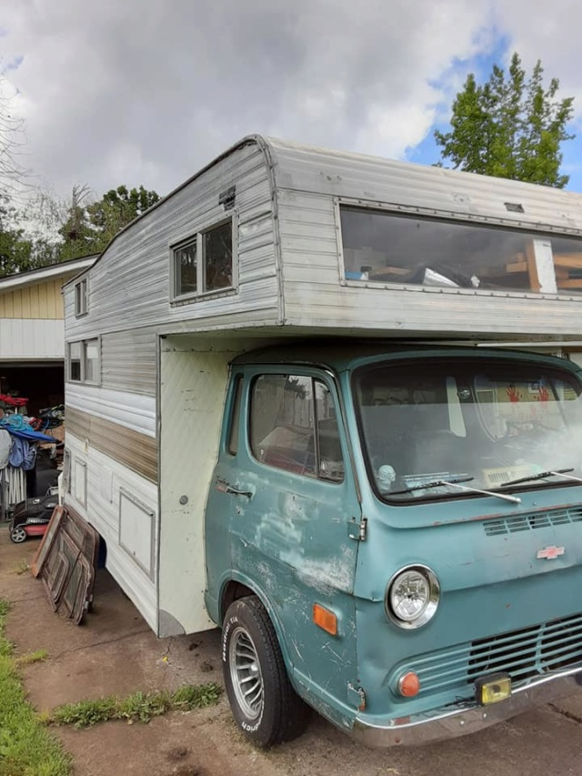 Vintage Vans and trailers... 66che117