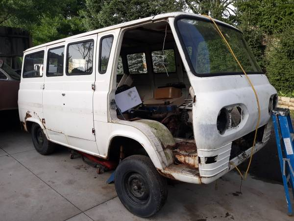 67 Econo Window Van Parts - Byron, MI  67eco149