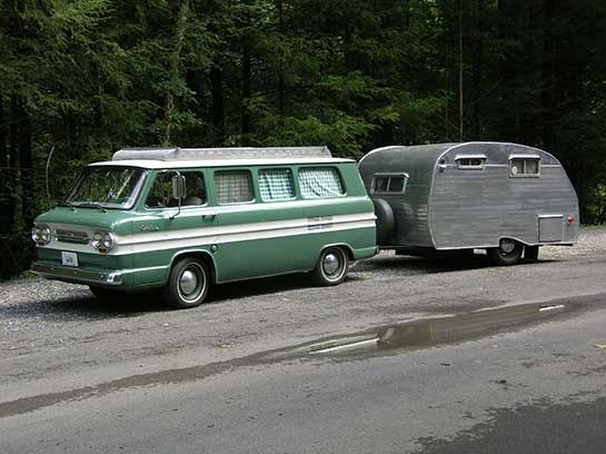 Vintage Vans and trailers... Corvai11