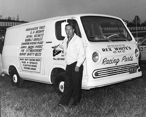 Vintage Drag Race Pics With Vans - Page 3 Gmcrac10