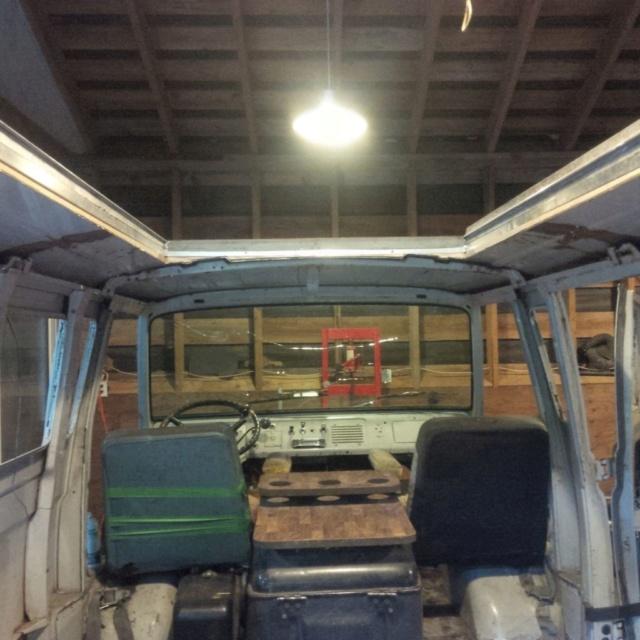 Travelwagon Build  Roof_110