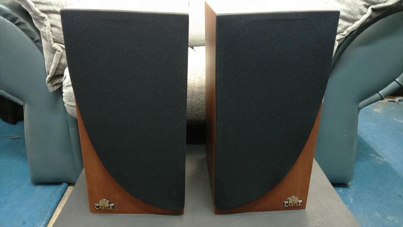 Castle speaker Dsc_0111