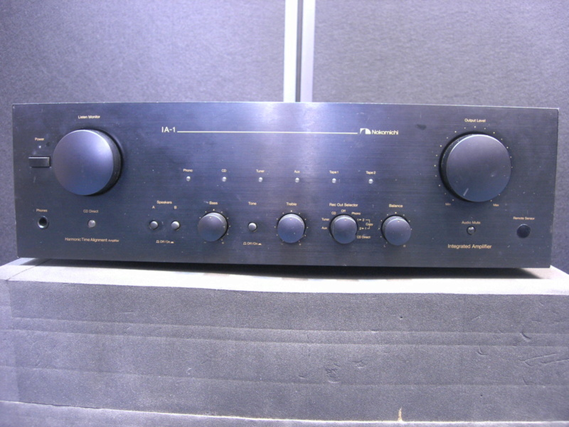 Nakamichi IA-1 integrated amplifier(sold) Dscn2825