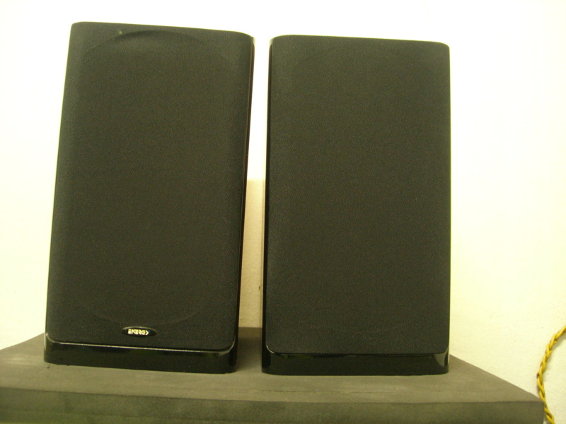 Energy C-series surround speaker Dscn3015