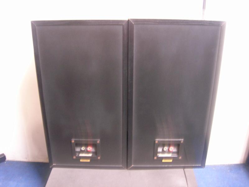 KEF k-140 speaker(sold) Dscn3116