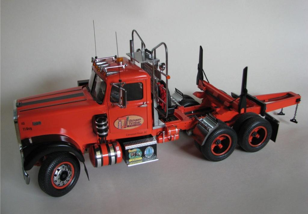 AMT White Road Boss Camion Transporteur de bois! (Cousin du Québec,Ville de Laval) Photo_34
