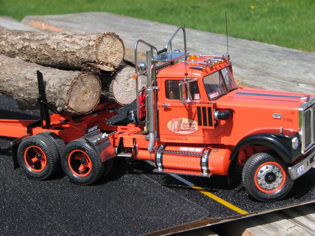 AMT White Road Boss Camion Transporteur de bois! (Cousin du Québec,Ville de Laval) Photo_42