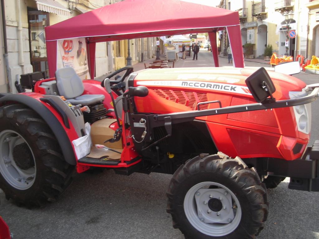 fiera agricola trattori Dscn1072