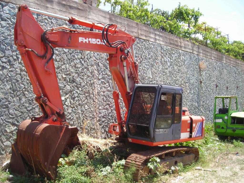escavatori - Pagina 2 Dscn4377