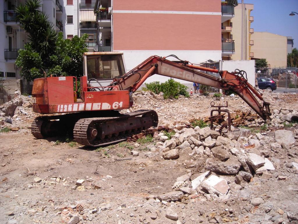 escavatori - Pagina 2 Dscn4401