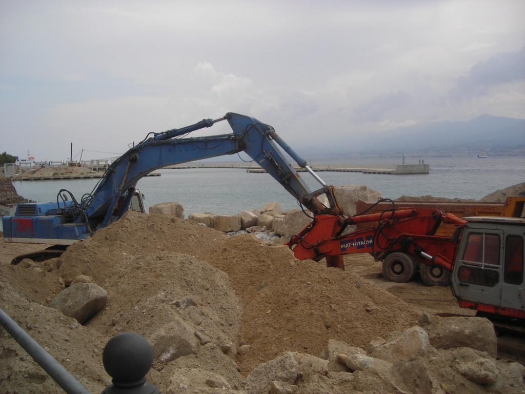escavatori - Pagina 2 Dscn4506