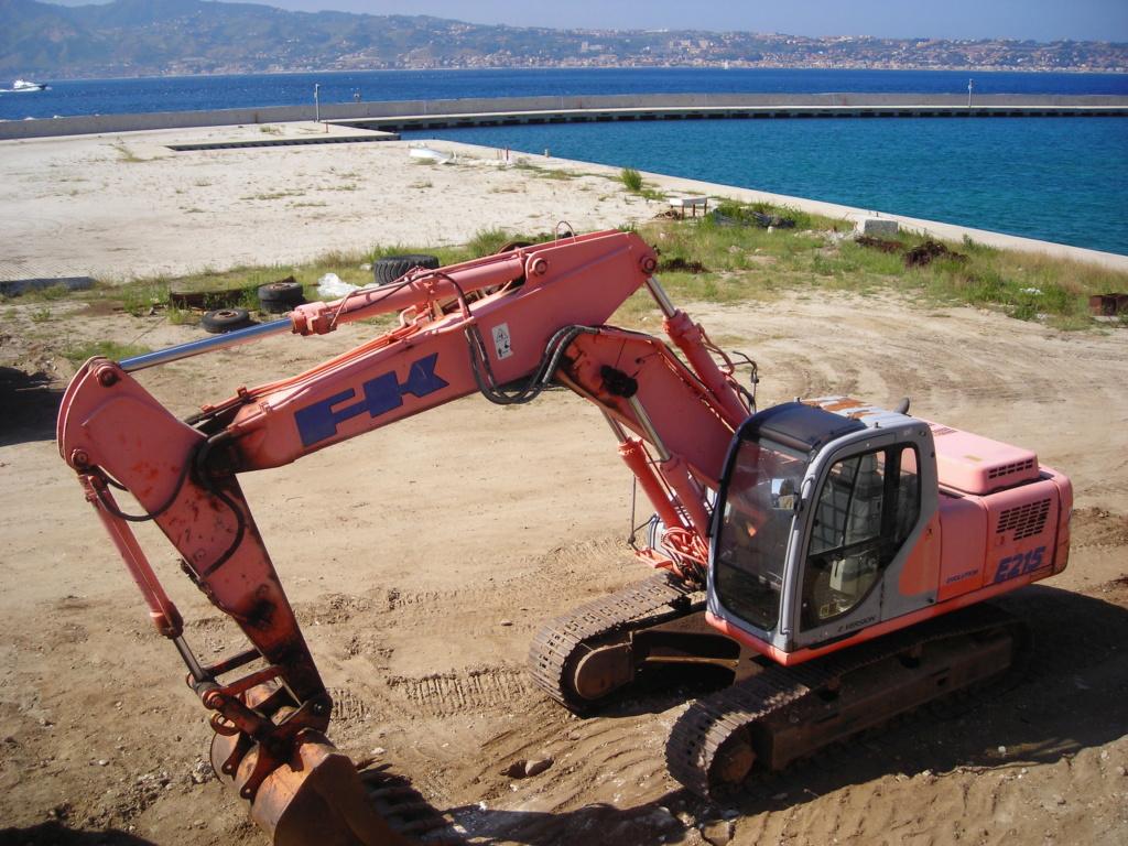 escavatori - Pagina 2 Dscn4735