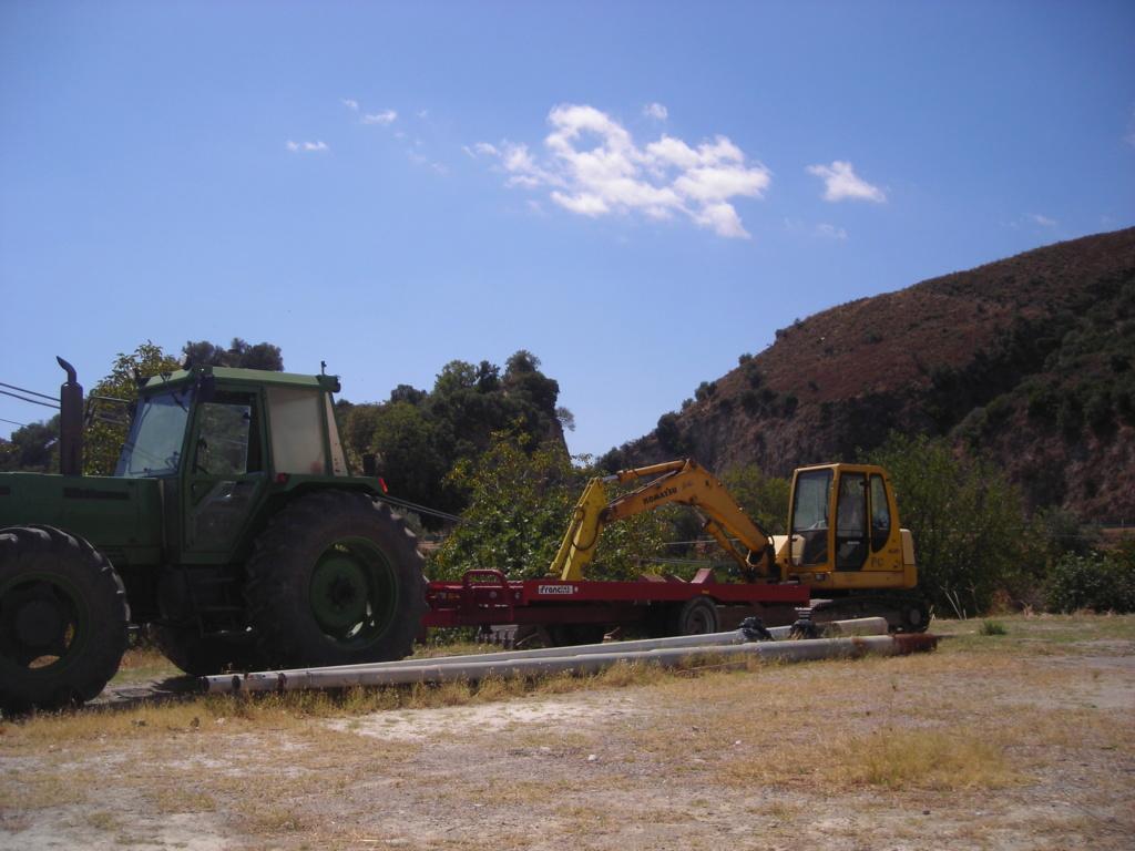 rimorchi per agricoltura e lavori edili Dscn5073