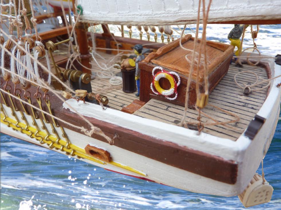 Le Pourquoi-Pas 1908 - Billing Boats - 1/75éme - Page 10 Explo218