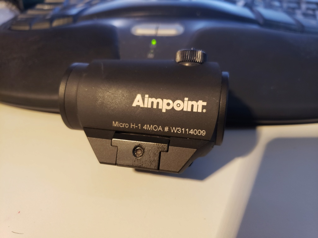 SOLD-Aimpoint H-1 4MOA  20200710