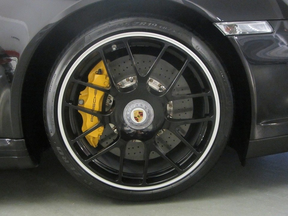 Porsche 997 Turbo S Img_0310