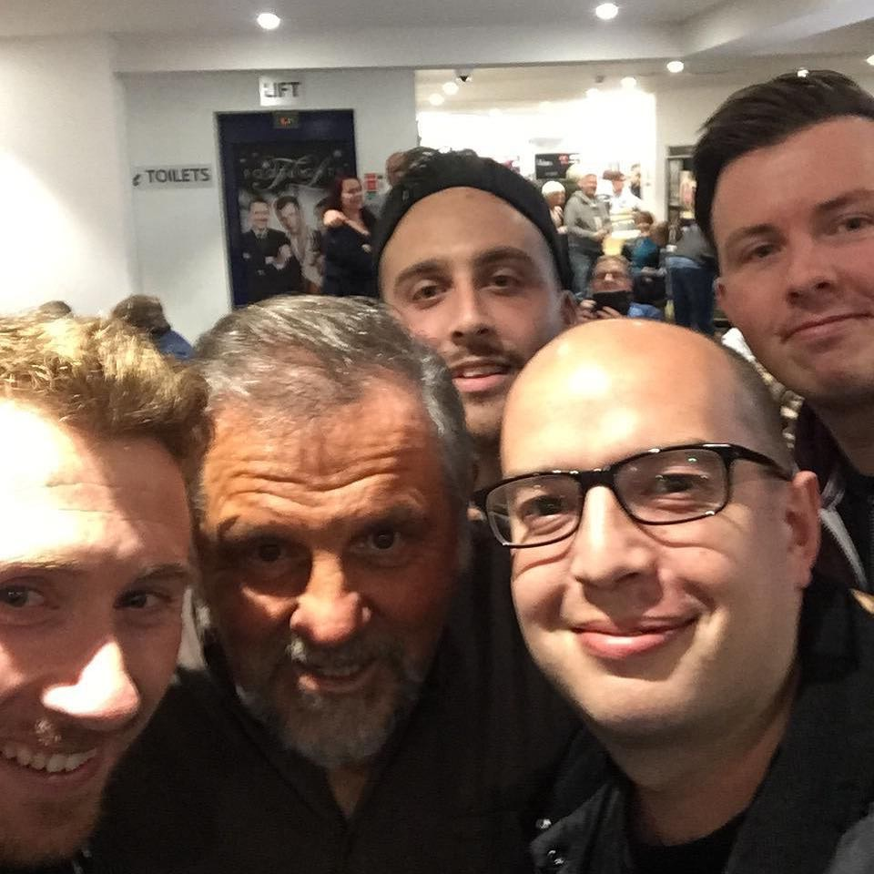 Tonight's entertainment for the lads Img_0312