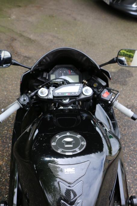 [Vendu] Honda CBR 600 RR (PC37) 2003 24260Km avec CG 3800€ Img_0116
