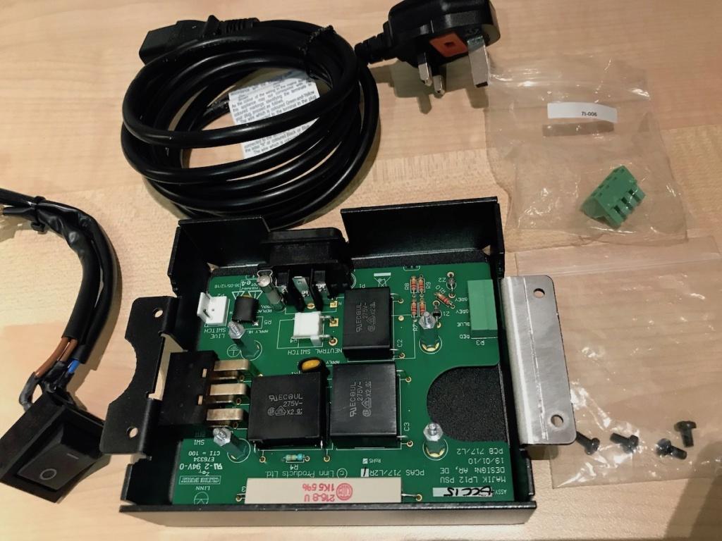 Linn Majik LP12 Turntable Power Supply Img_8412