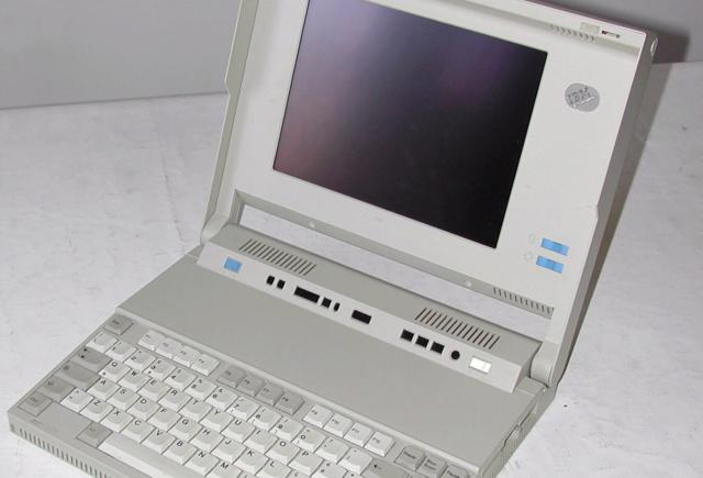 Chuyện về ThinkPad: nút TrackPoint thực ra màu hồng, Tim Cook đứng sau dự án 701C, ... 41478110
