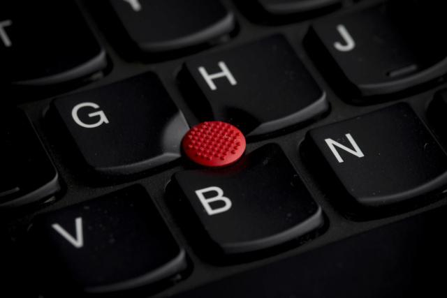 Chuyện về ThinkPad: nút TrackPoint thực ra màu hồng, Tim Cook đứng sau dự án 701C, ... 41478112
