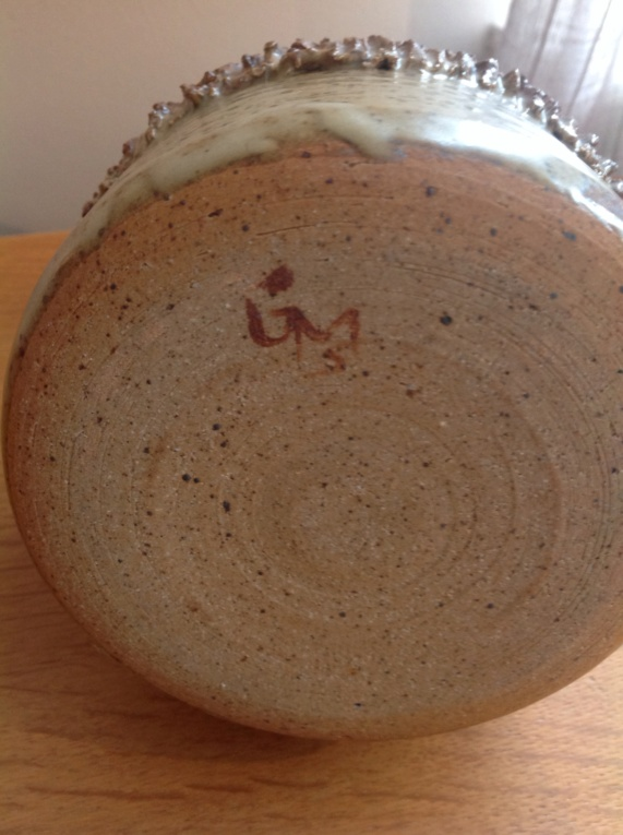 Studio pottery vase signed MG5 Img_1930