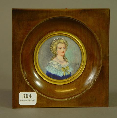 A vendre: miniatures de Marie Antoinette et de ses proches - Page 14 14420810