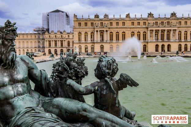 Versailles Revival 34289910
