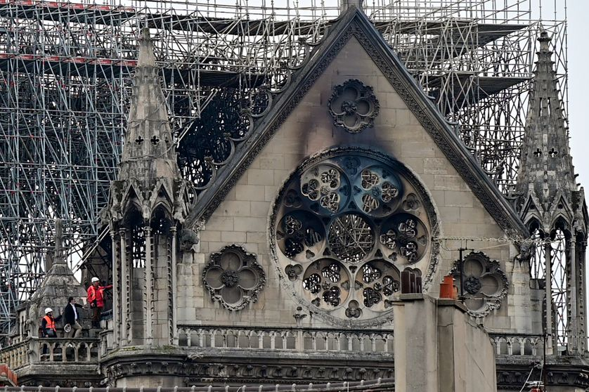 Terrible incendie de Notre Dame de Paris le 15 Avril 2019 au soir - Page 2 838_no10