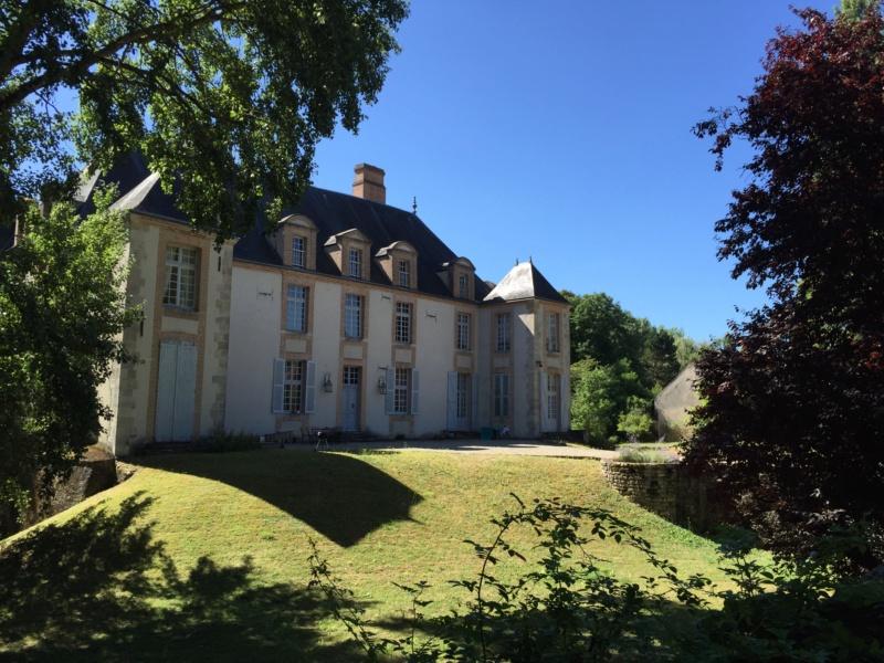Le château de Chambon la Luzerne Img-2510