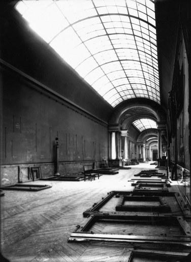 L'évacuation du Louvre Louvre10